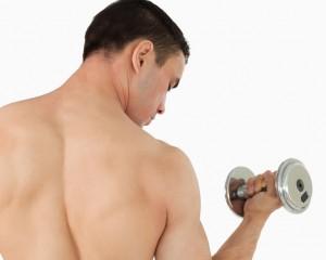 Trainingsplan Muskelaufbau: Langsam und stetig oder Pumpen, bis der Arzt kommt?